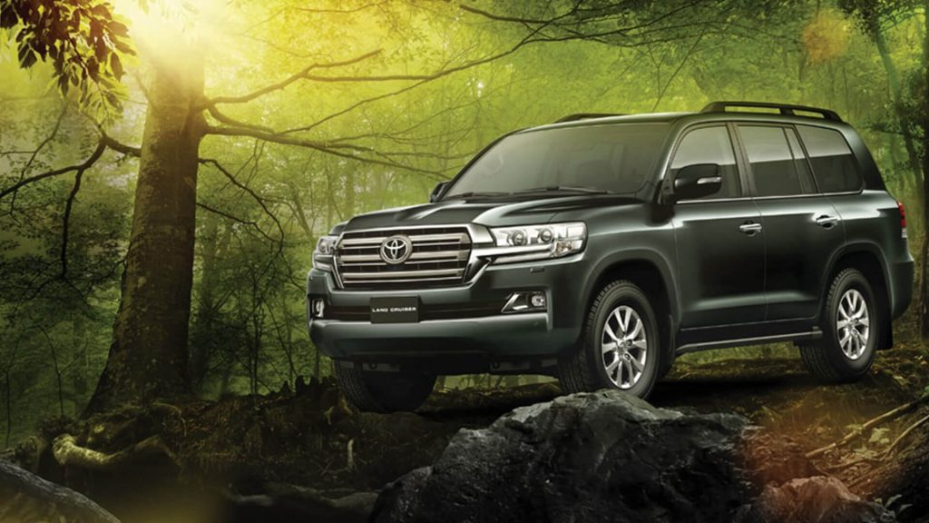 New Toyota Land Cruiser Black Color - Upcoming 2020 SUV in Australia